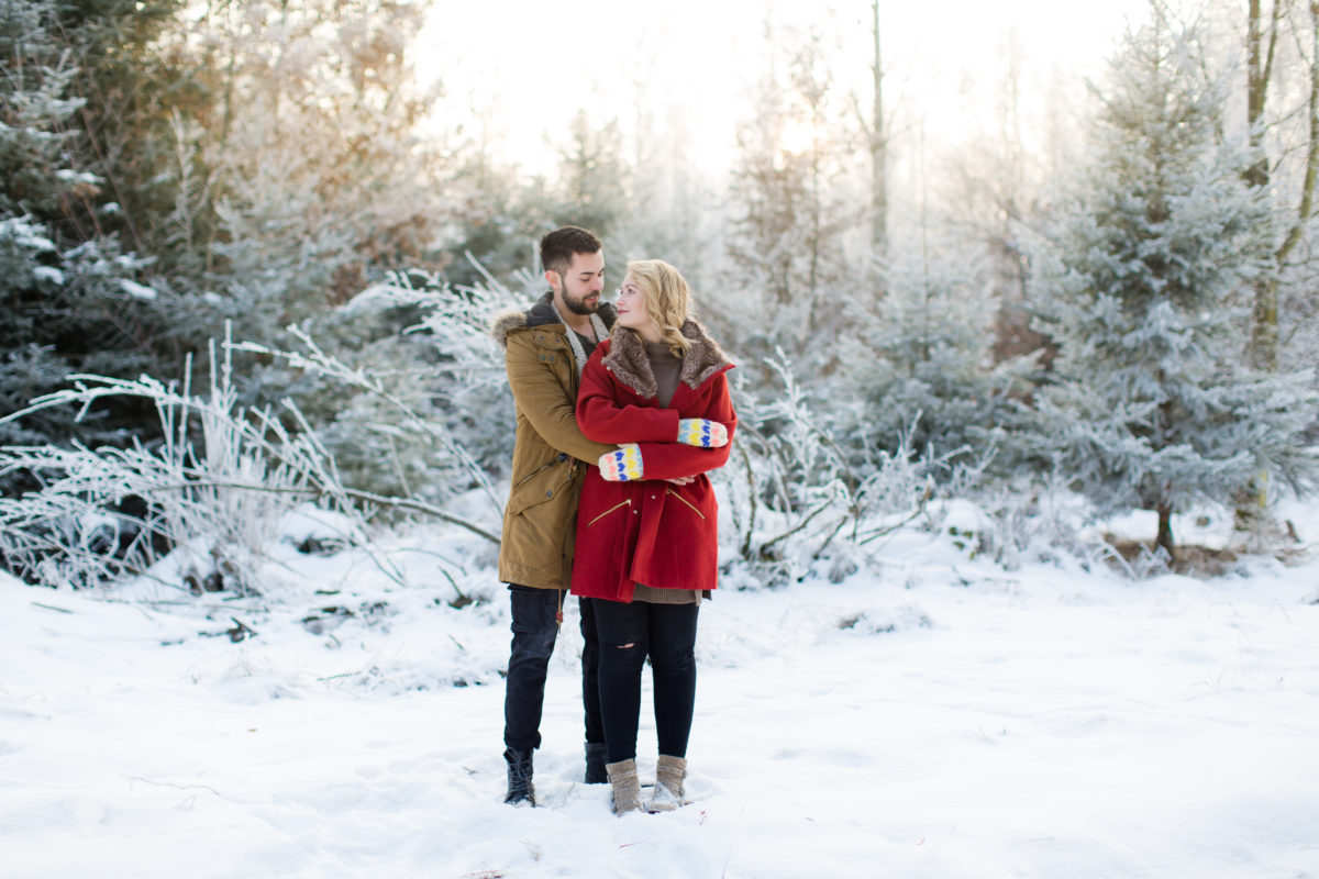 Couple Shooting im Schnee in bayern